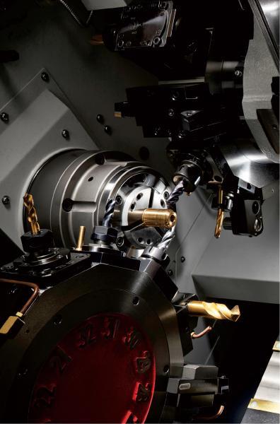 Auch bei den Kurzdrehern von Miyano bringt ein Y-Achsen-Plus noch mehr Flexibilität für die hochpräzise Fertigung.