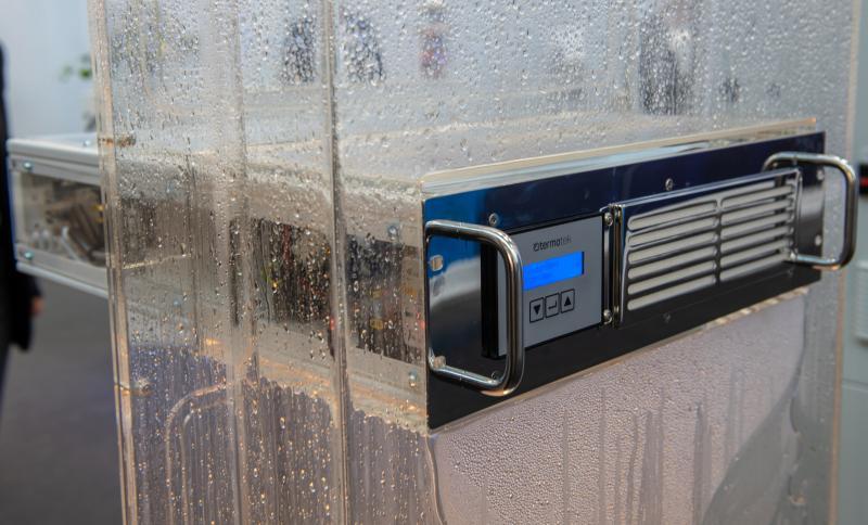 Messeexponate der termotek - 19-Zoll-Einschubkühler