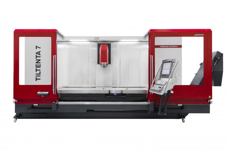 Live unter Span wir die Tiltenta 7-2600 von HEDELIUS auf der EMO präsentiert. Neu ist der integrierte NC-Rundtisch mit einer Drehzahl von 50 min-1.