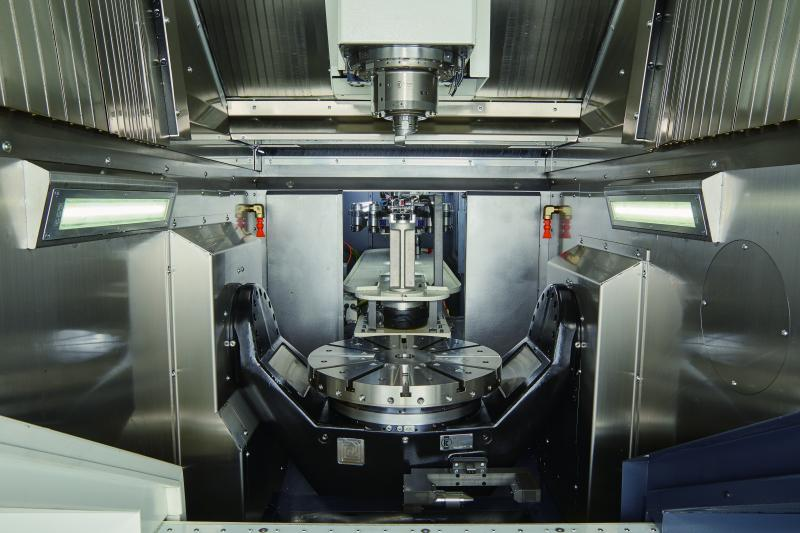 Mill-turn for those looking for the maximum integration of metal-cutting processes in a single step, reducing complexity and clamping errors.