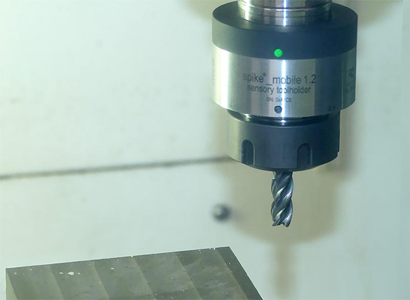 New 35402 milling cutter convinces in extensive tests with spike® sensor toolholder