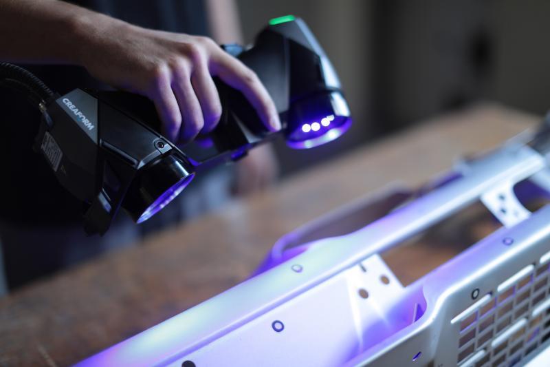 Creaform präsentiert: HandySCAN BLACK – Die ultimative Referenz für tragbare Messtechnik