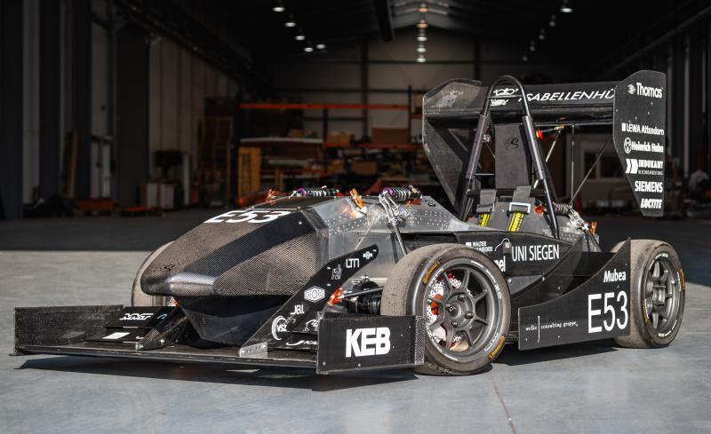 """""""Molly"""" von den Speedings Scientists Siegen, der elektrisch angetriebene Rennwagen des Formula-Student-Teams der Universität Siegen, verfügt als einer der wenigen in dieser Rennserie über ein Aluminium-Monocoque-Chassis und Allradantrieb"""