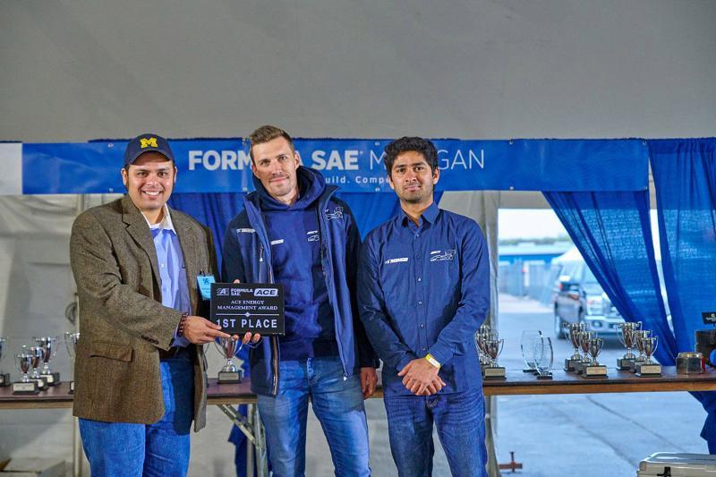 Das Rennteam der Universität Stuttgart gewinnt 2019 den ACE Energy Management Award