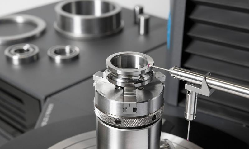 EMO Hannover 2019: KLINGELNBERG brings new impetus to the robot and aerospace industry