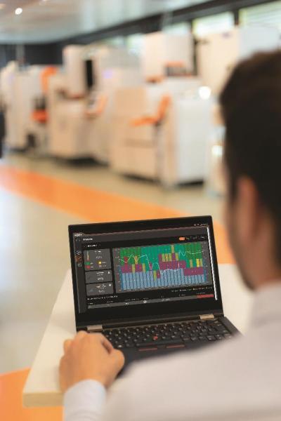 GF Machining Solutions treibt die Realisierung der Vision der Industrie 4.0 von einer intelligenten, hochleistungsfähigen und prädiktiven Fertigung voran: Das auf allen Maschinen installierte OPC-UA-Prokotoll erfasst eine große Menge an Daten und das neue rConnect Dashboard der GF-Division stellt diese Daten den Herstellern zusammen mit einem schnellen Online-Support durch Experten zur Verfügung