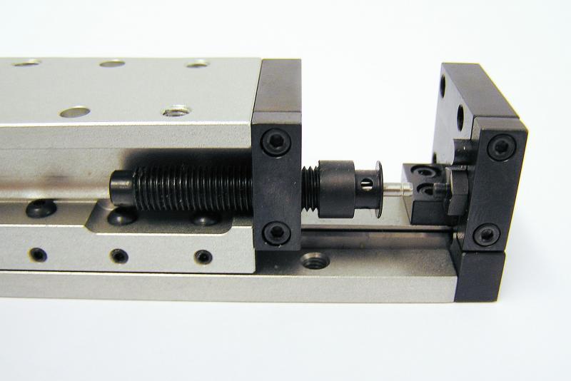 Kleinstoßdämpfer von ACE sind leicht in Linearmodule zu integrieren und überzeugen Konstrukteure durch Kompaktheit, hohe Qualität, Präzision, Leistungsstärke, Verfügbarkeit und 24-Stunden-Service
