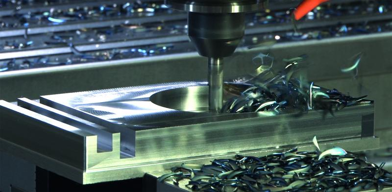 The universal HPC milling cutter 35402 achieves maximum tool life and process reliability.