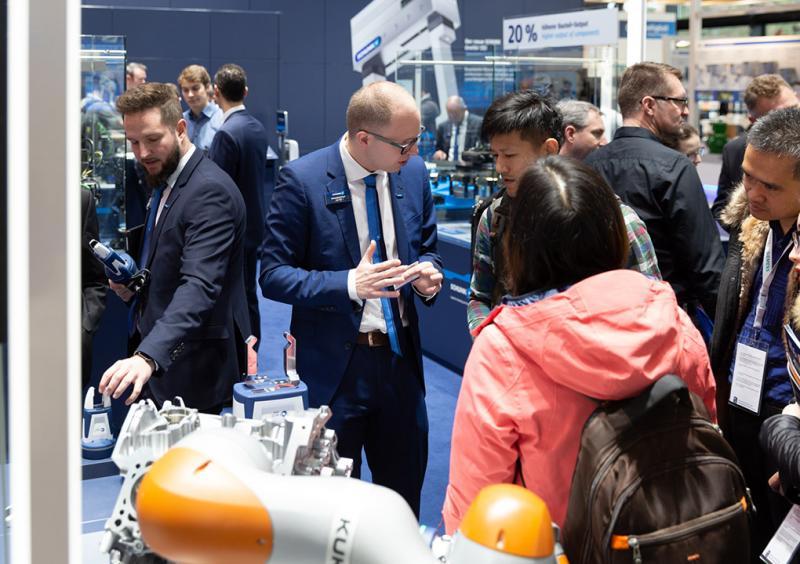 """""""Empowering Machines & Operators"""" – unter diesem Motto präsentierte SCHUNK auf der SPS 2019 zahlreiche Neuheiten für die Produktions- und Montageautomatisierung."""