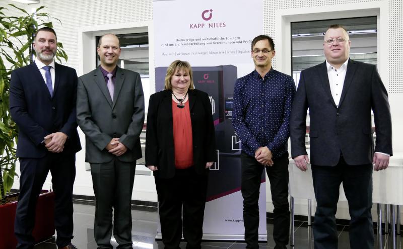 KAPP NILES honours long-term employees
