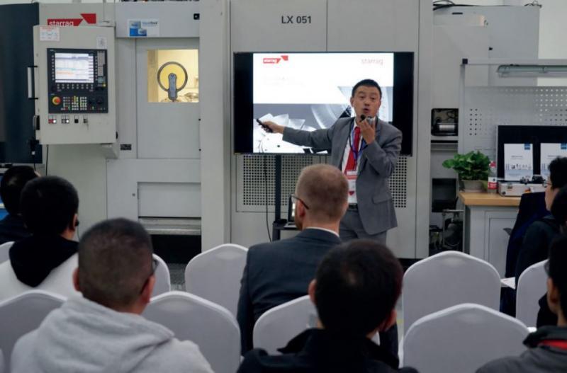 Die Innovationen wurden den Besuchern mit Live-Demonstrationen direkt an den Maschinen demonstriert.