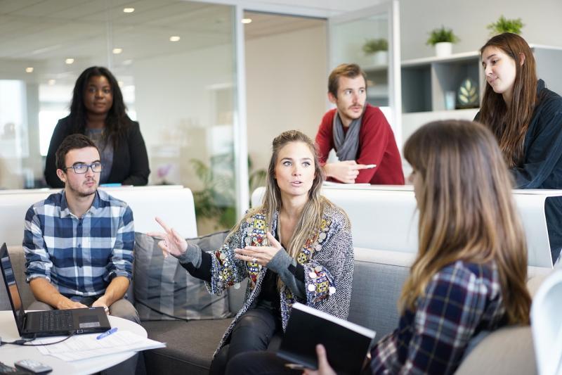 Individuelle Verbesserungsprojekte für Unternehmen mit angehenden Absolventinnen und Absolventen der RWTH Aachen