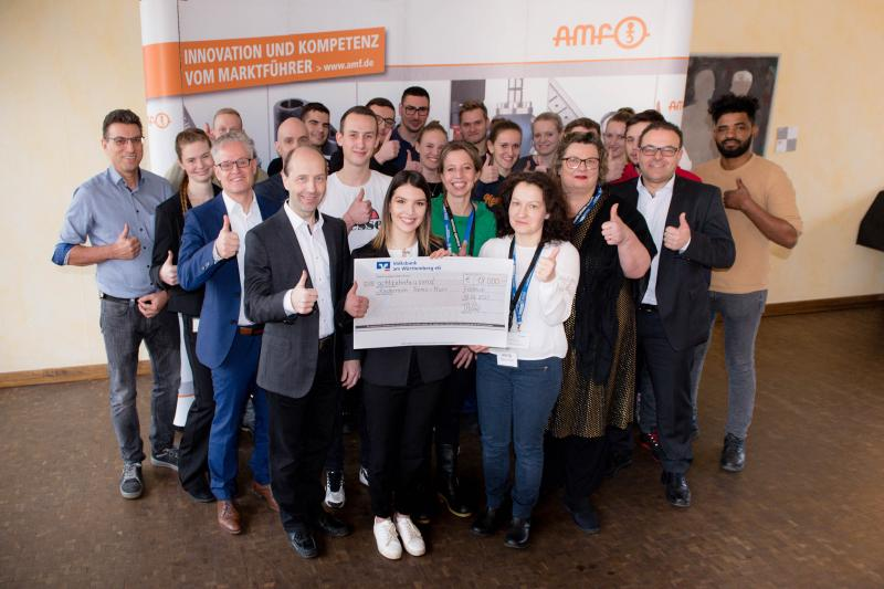 Like every year, the AMF trainees donate the proceeds of their Christmas market campaign to a social institution. In 2019, the sale of the self-manufactured products raised an incredible 18,000 euros.