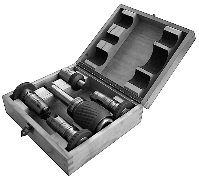 The first step towards becoming a system supplier was taken in 1928 when tool holders were added to the product range.