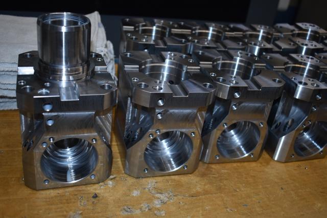 Auf der Nakamura gefertigte Gehäuse für angetriebene Werkzeuge.