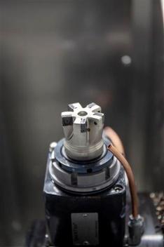 Je nachdem, welche Maschinenkonfiguration bestellt wird, können sich Kunden beim Kauf einer nxt ein individuell abgestimmtes Werkzeugkonzept von CERATIZIT erstellen lassen.