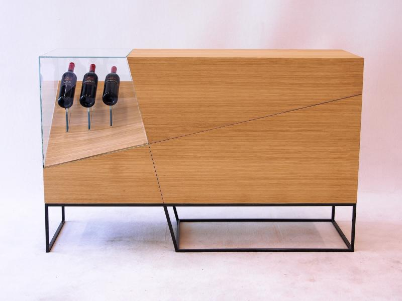 """Meisterstück """"Slide Bar"""" von Dominik Huber, Meisterschüler aus Sankt Roman, Österreich"""