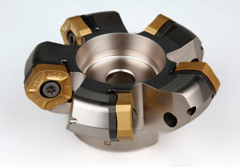 The Penta HD milling cutter was specifically developed for rail switches machining.