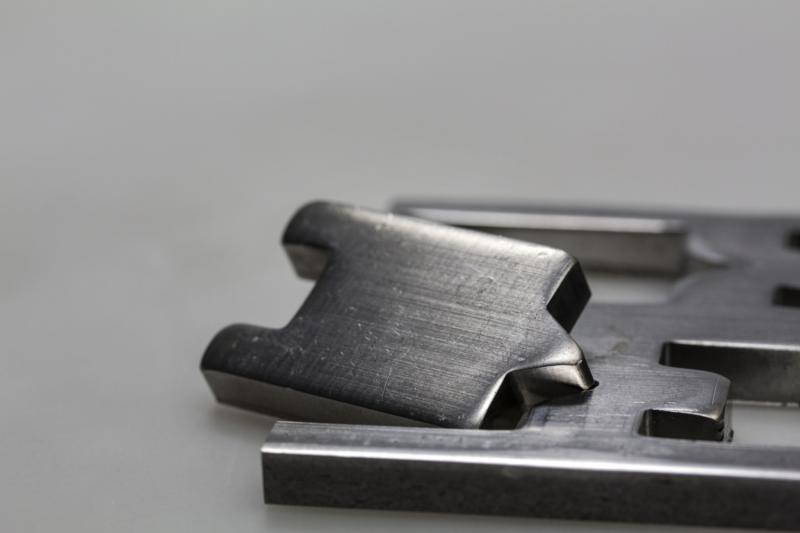 Ideale Oberflächenintegrität von Hartmetallstempeln durch fortschrittliche Stempelfertigung