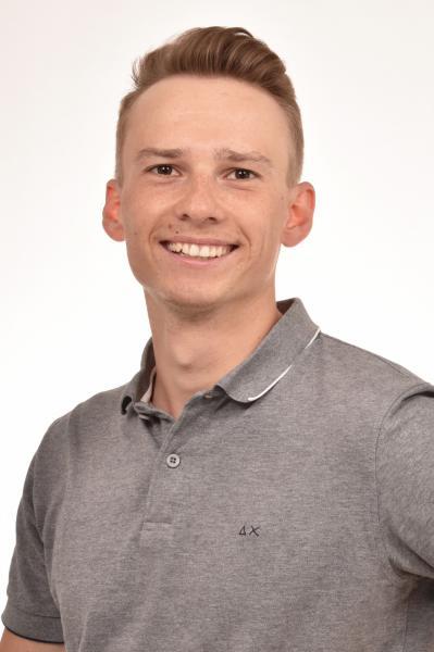 IPMT-Student Samuel Bender, der für seine Bachelorarbeit mit dem Nachwuchspreis 'Digitalisierung im Maschinenbau' des VDMA ausgezeichnet wurde.