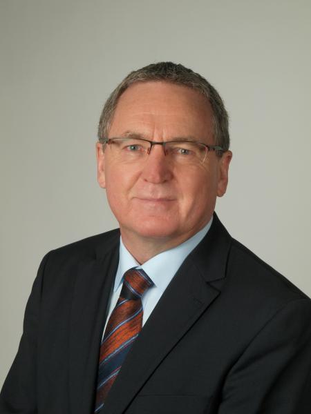 Der langjährige Geschäftsführer der Hommel Präzision GmbH, Herr Dieter Wenzlaw, verabschiedet sich in seinen wohl verdienten Ruhestand.