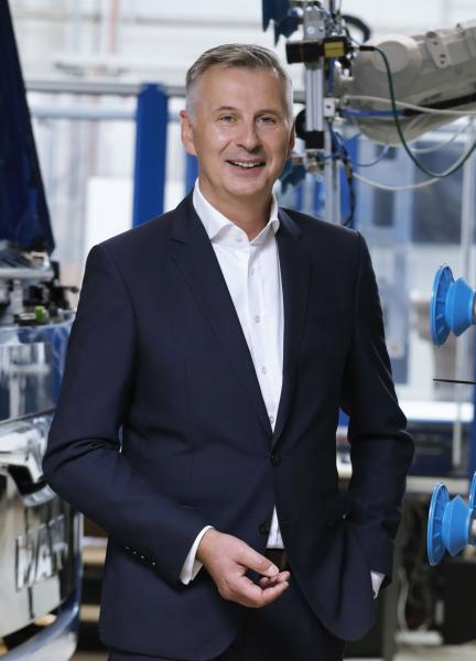 Mitglied des Direktoriums des Werkzeugmaschinenlabors (WZL) der RWTH Aachen