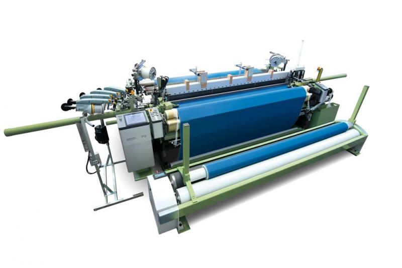 DORNIER P2 rapier weaving machine in th 3.7 t version for the production of high-performance filter fabrics.