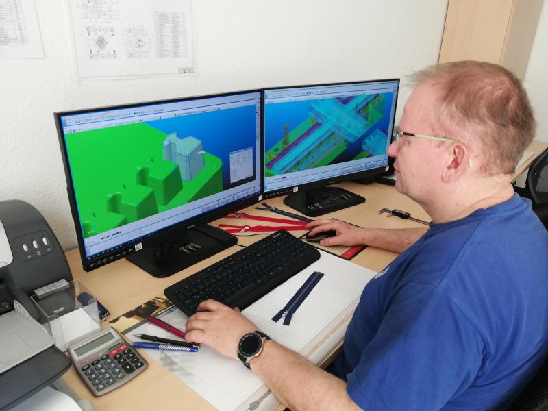 Figure 1: Mr. Bernd Kellner – PK0 Product Design and Development using Pictures by PC CAD/CAM Software