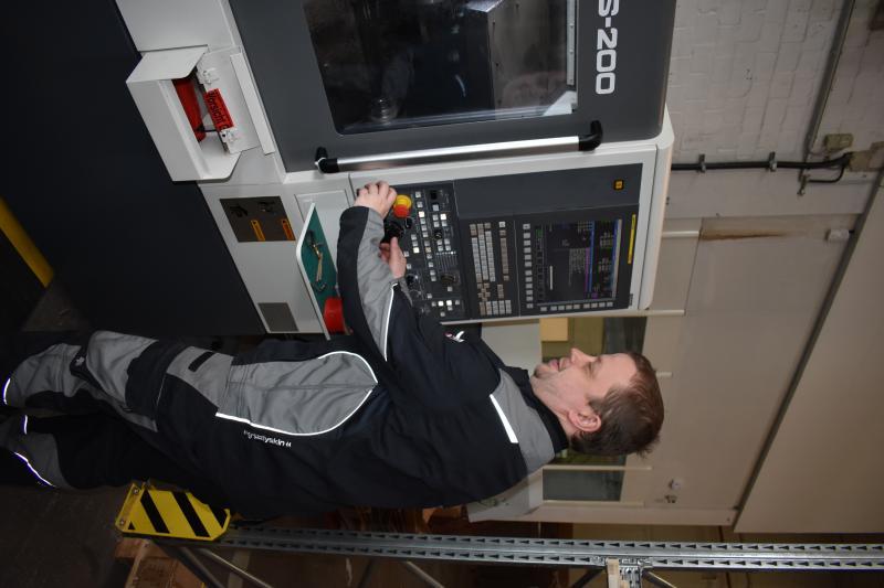 Für die Mitarbeiter bei Premiergames war der Einsatz einer CNC-Drehmaschine absolutes Neuland.