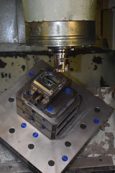 Die UX 600 sind für die simultane 5-Achs-Bearbeitung ausgelegt