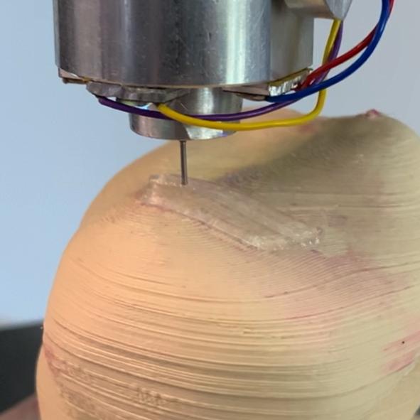 Automatisierte Anfertigung: Druck eines Knorpelimplantats fürs Knie
