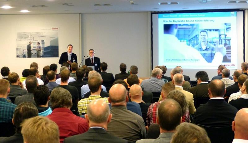 Interessante Vorträge und Einblicke in die Serviceabteilung von Bosch Rexroth in Lohr standen für über 100 Kunden auf dem Programm des InfoDay