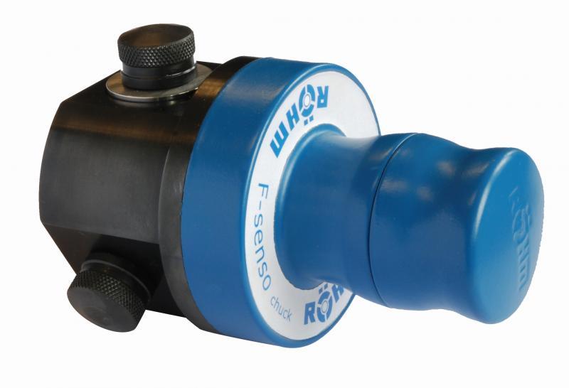 """Das Spannkraftmessgerät F-senso """"chuck"""" ermöglicht schnelles und einfaches Prüfen von Spannkräften an 3-Backenfuttern und Schraubstöcken."""