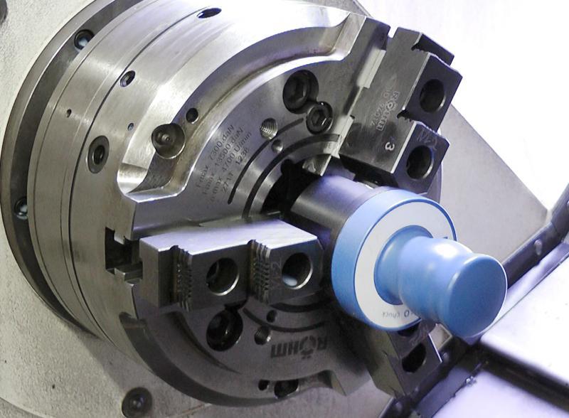 Das F-senso chuck von Röhm ermöglicht die kombinierte Messung aus Spannkraft und Drehzahl und gibt dabei zur einwandfreien und umfangreichen Kontrolle direkt die Fliehkraftkurve des Futters aus.