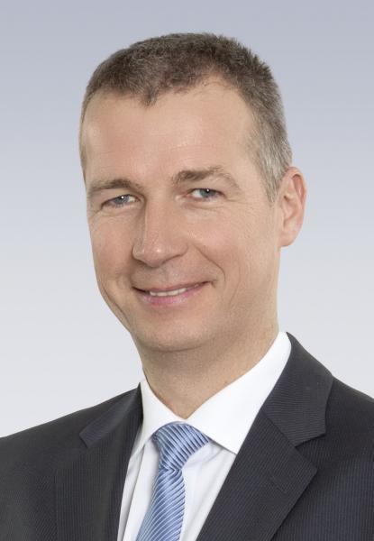 Ab dem 1. April 2015 leitet Guido Hettwer als Vorsitzender der Geschäftsleitung den Verkaufsbereich Europa Mitte der Bosch Rexroth AG.
