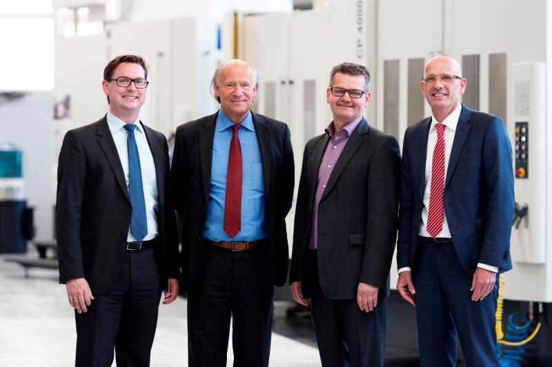 HELLER and the winners (from left): Stephan Schnaedter (HELLER), Dr. Alexander Dieter (HYDAC, Best Innovation), Armin Rohn (RISTON, Best Performance) and Harald Grohmann (HYDAC, Best Innovation)