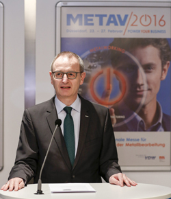"Large crowds in the halls, satisfied exhibitors. This is how METAV 2016 can be summarised now that it has ended after five days in Halls 14 to 17 on the Düsseldorf exhibition site. ""We are delighted that the response to METAV and its new concept has been so positive"", says Dr Wilfried Schäfer, Director of VDW (German Machine Tool Builders' Association), which organised METAV."