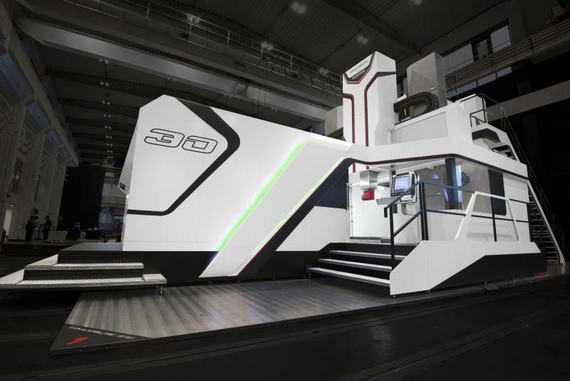 The machine tool manufacturer from Coburg is writing a story of success. The 10th TAURUS machine has been sold to company Hermesmeyer & Greweling. Already in December 2016, the machine will be delivered to Marienfeld, a town in the region of Gütersloh