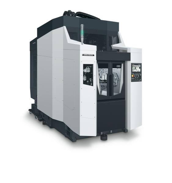 With the i 50, DMG MORI offers an ultra-compact horizontal machining centre for the highly productive large-scale production of motor components such as cylinder blocks and heads in the automotive sector.