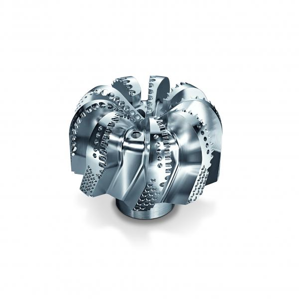 It is exactly such complex machining tasks as this drilling head for the oil and gas industry that are spreading the fascination of 5-axis machining throughout the world.