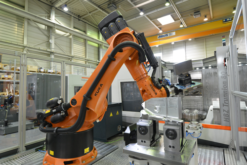 The VDW has formulated a flexibly applicable standard with which robots or other workpiece carrier systems can be simply integrated into a production system.