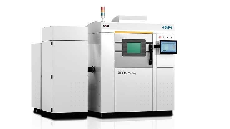 Die AgieCharmilles AM S 290 Tooling basiert auf der EOS-Technologie und ist die erste 3D-Druck-Lösung von GF Machining Solutions, die vollständig darauf ausgerichtet ist, die anwendungstechnischen und geschäftlichen Herausforderungen der Hersteller zu lösen.