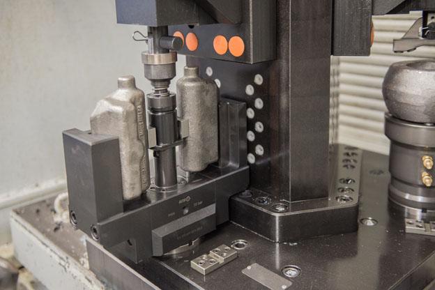Die Flexibilität der AMF-Komplettlösung ermöglicht das Spannen unterschiedlichster Teile.