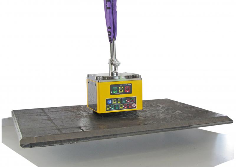 ASSFALG shows at the Intec the NEW giant under the load magnetic lifter the SB 500.