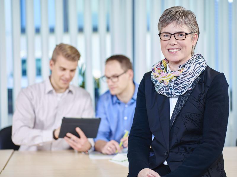 Für einen breiten finanziellen Handlungsspielraum bietet die Hommel Gruppe für anstehende Maschineninvestitionen individuelle Finanzierungsangebote angepasst auf den Kunden und den jeweiligen Anwendungsfall an.
