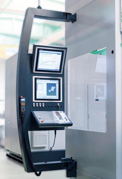 Die Tiefbohr-Fräszentren der TFZ-Baureihe von SAMAG sind ab sofort mit der Heidenhain-Bahnsteuerung TNC 640 mit verbessertem Kollisionsmodell und Touch-Funktionalität erhältlich