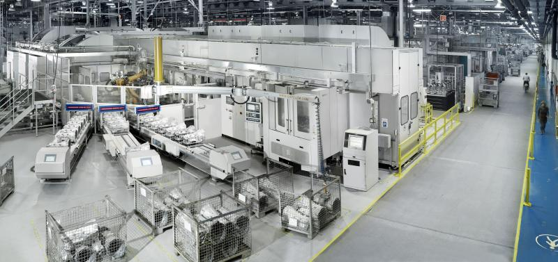 Digital pioneer: Heller Maschinenfabrik has ever since 2010 been addressing Industry 4.0 in a separate department (the picture shows a networked production operation at a customer's plant).