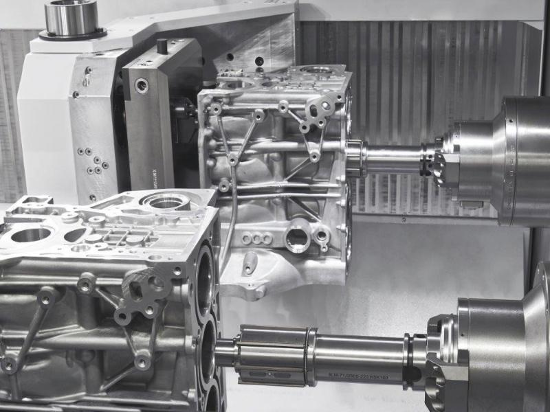 Single- and two-spindle machines can additionally be used as fully functional honing machines by means of their own adjuster spindle in conjunction with linear drives.