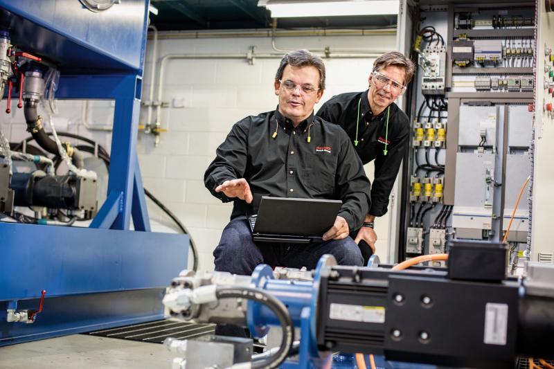 Hydraulik-Inbetriebnahme weitestgehend automatisiert
