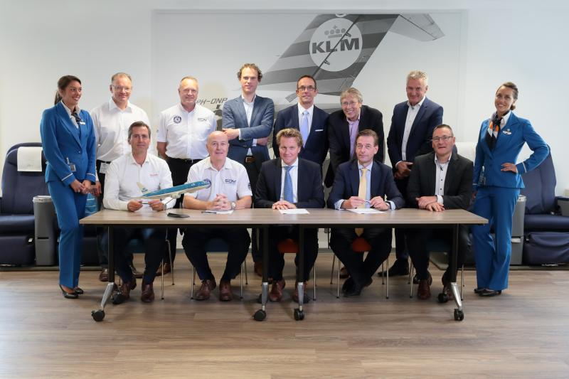 KLM, EDM and Rexroth sign agreement for new cabin crew emergency trainer